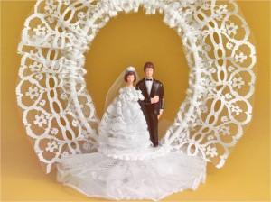 Mariés en plastique